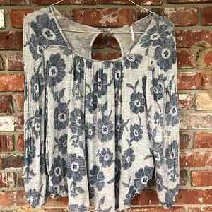 Free People blue floral blouse size XS